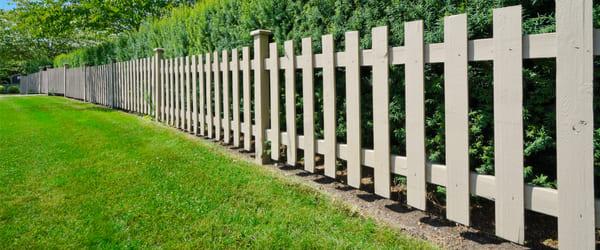 barriere bois jardin