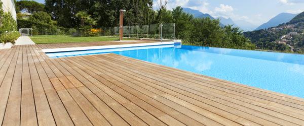terrasse bois pin piscine