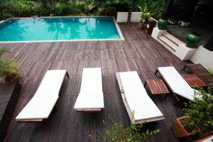 terrasse bois piscine 1