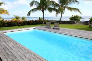 terrasse bois piscine 12