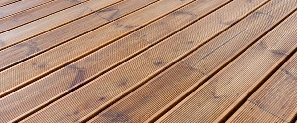 terrasse bois strillee