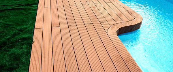 terrasse composite piscine