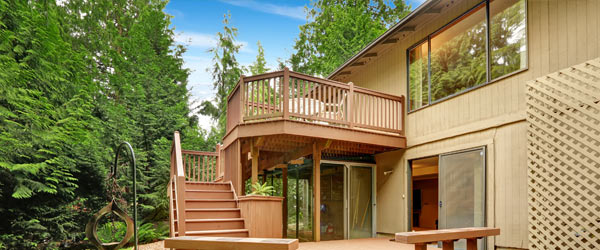 terrasse en bois sur pilotis