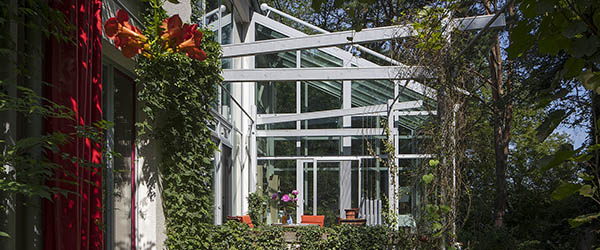 veranda blanc jardin